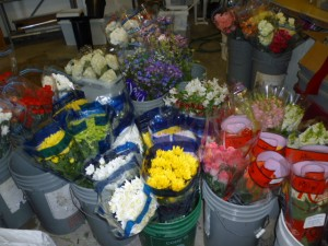 Fresh Flowers delivered weekly !